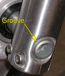 VTX 1300 front axle alignment groove
